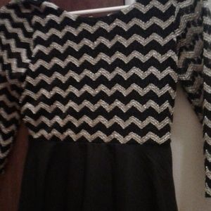 Black and gold girls size 12 dress